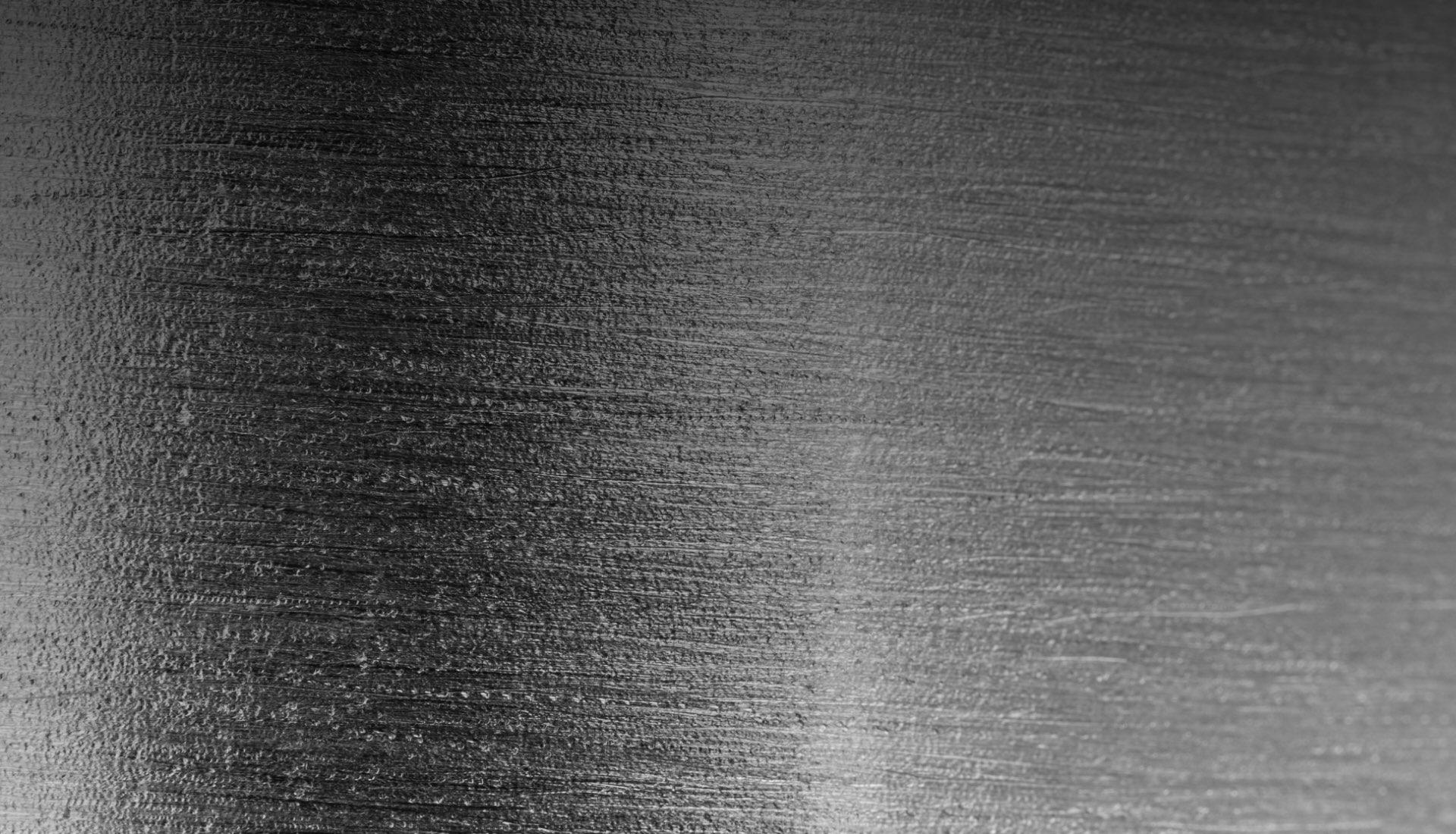 Marcatura e incisione laser di superfici metalliche